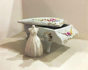 Piano Jewel  Box with a dress plaster ornament