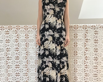 Long minimalist vintage dress with abstract floral patterns