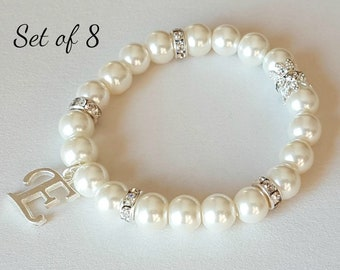 Set of 8 bridesmaid gift, pearl bracelet, personalized gift, flower girl bracelet, wedding jewelry, wedding event, bridal party