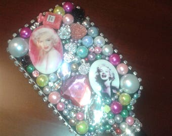 Marilyn Monroe inspired Decorative sparkly Hairbrush