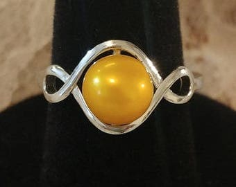 Beautiful Infinity Ring with Gold Freshwater Pearl