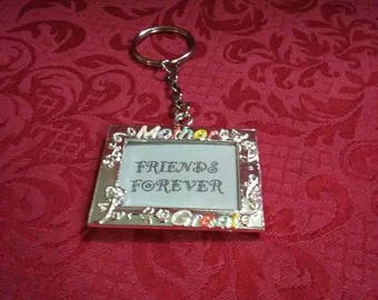 """Vintage """"Friends are forever"""" keychain"""