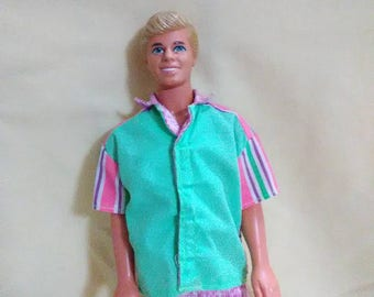 Vintage 1988 Ken. He is ready for the weekend.