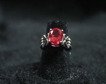Ruby Ring (Synthetic Ruby) 925