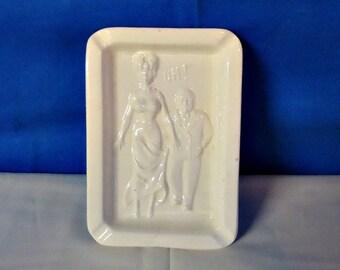 "013118 05 Ceramic Naughty Nellie ""Oh"""