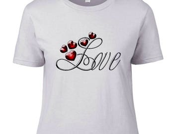 "Women's fitted T-shirt with ""Love"" and hearts"