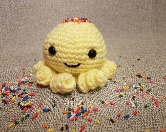 Crochet handmade octopus,amigurumi yellow octopus,handmade gift,cute toys
