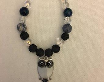 Owl bracelet with lapis lazuli