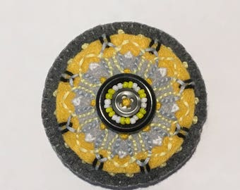 Felt Circle Brooch in Gray and Yellow