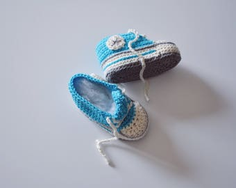 crocheted Baby shoes Converse chucks-style turquoise