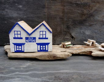 Old Neptune Pub Whitstable Sea Front Driftwood scene.Gift.Beach Art..Rustic.Found.Kent.Oysters.Cottages Houses.Handmade Model
