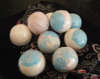 small blue/pink bath bomb