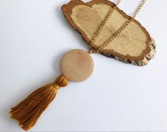 Tassel Necklace with Round Bead