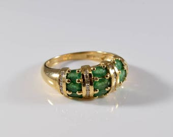 Vintage 14K Yellow Gold Emerald and Diamond Ring Band Size 9