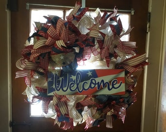Patriotic rustic welcome wreath