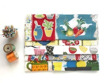 Vintage Fabric Scrap Pack  - Fifties Kitchen Scraps -  Patchwork, Craft Fabric, Scrap Pack , Fabric Bundle, Sewing Gift