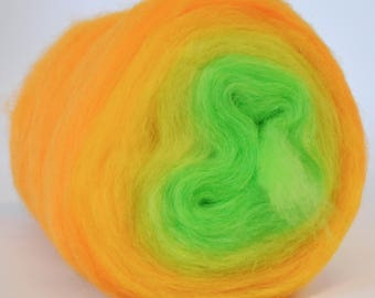 CALIFORNIA POPPY- Self Striping Spontaneous Spinning Roving Bullseye Bump - (4.6 oz. center-pull bump)