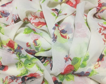 Polyester Chiffon Fabric 2 Yards Floral Pattern