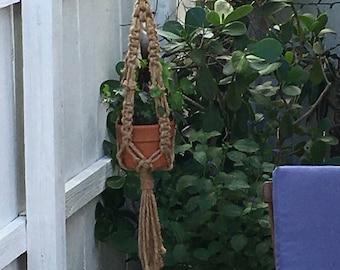 Natural jute macrame plant hanger