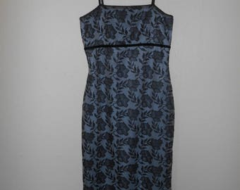Vintage 90s floral dress                           womens clothing