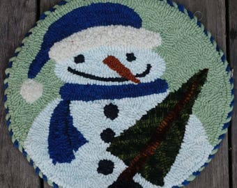 Circle Snowman Rug Hooking PATTERN on Linen