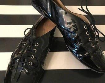 1980s shoes patent leather shoes joan and david vintage shoes black shoes lace up shoes size 7 1/2 vintage shoes flat shoes tennis shoes