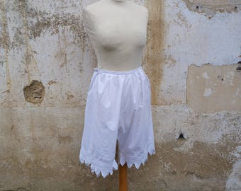 Vintage Antique 1900s Victorian French bloomers white cotton handmade  embroidered pantalons bloomers size L