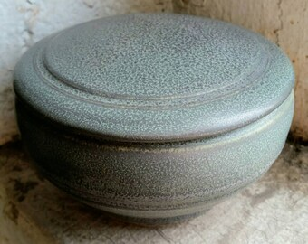 Ceramic Pet Urn, Cat Urn, Dog Urn, Funerary Urn, Lidded Vessel, Cremains Container.