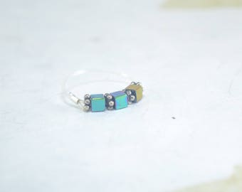 TOE RING Stretch - Stretchy Ring - Square Hematite Cube and Tibetan Silver Daisy Spacer Toe Ring  -  Beach Jewelry - Metallic Multi Color