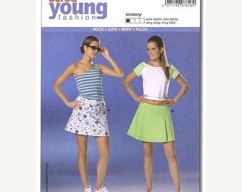 Christmas in July Burda 7818 Young Fashion Skirt Pattern  Sizes 6-18 Uncut  Complete