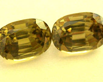 Vintage YELLOW ZIRCON Gemstones Matched Pair Antique Cut 5.66cts fg103
