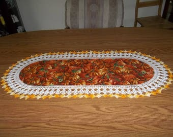 Fall Table Runner Crocheted Pumpkins, Halloween, Thanksgiving Centerpiece, Fabric Center, Crocheted Edging, Table Topper, Decoration Gift