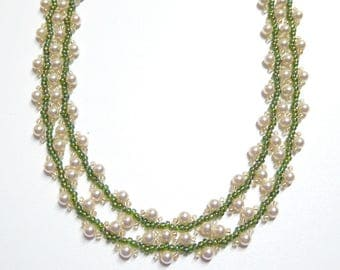 green and white pearl necklace, long necklace,pearl necklace, pearl beaded necklace, handmade pearl necklace, wedding, bridesmaid gift
