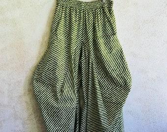 Wavy green striped lagenlook pant