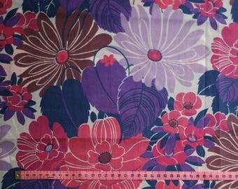 Seventies vintage fabric - 75x65 cm.