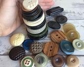 Vintage Buttons Coat Buttons Extra Large Celluloid Bakelite Vegetable Ivory Wood Tin -40