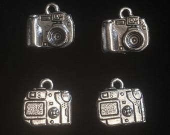 4 Silver Pewter Digital Camera Charms, Camera Charms, Photography Charms  (qb156)