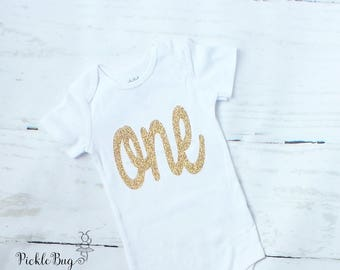 Cake Smash Outfit Girl Bodysuit, First Birthday Outfit Girl, Gold First Birthday, 1st Birthday Outfit Girl Shirt, Baby Girl Bodysuit, One