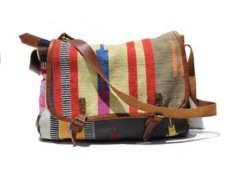 Colorful Ethnic Southwest Print Cloth Tapestry Messenger Laptop Shoulder Bag