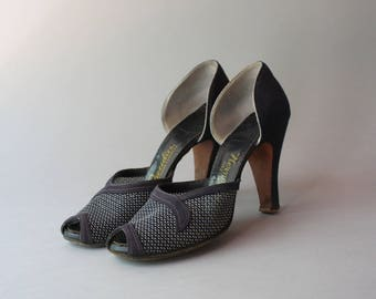 1940s Shoes / Vintage 30s 40s Navy Blue Peep Toe Heels / 1930s Mesh Peeptoe Tweedies High Heels 6.5 narrow AAAA