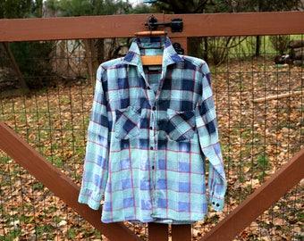 Vintage Flannel Shirt, Distressed flannel shirt, Grunge Shirt, Oversize Flannel, Vintage Shirt, Ombre Flannel Shirt, Vintage flannel