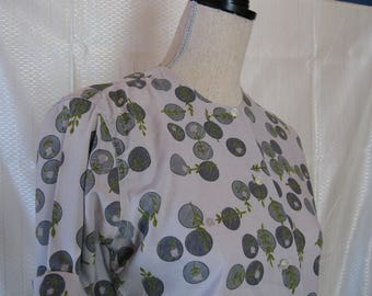 Vintage Gray Print Womens Blouse by Shapeley Classics - size small