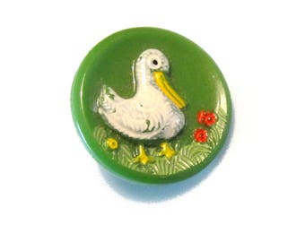 Vintage Sewing Buttons - Green Glass - Ducks