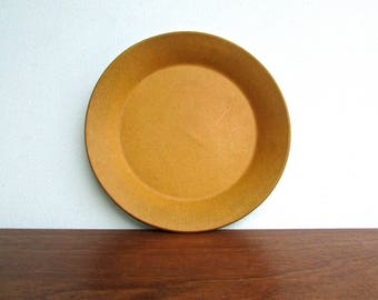 Yasuki Aida Form #1661 - Bread & Butter Plate, David Gil Collaboration for Bennington Cooperative - Old Spark Mark - Vermont Earthenware