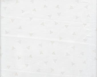 Dear Stella Designs Chroma Basics Triangle Dot in Iceberg - Half Yard