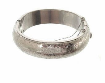 Vintage Forget Me Knot Bangle, Vintage Wide Hinged Cuff, Silver Bangle, 1940s Fine Rhodium Jewelry, Forget Me Not Wide Bangle