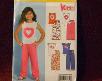 Uncut New Look Pattern 6139 Sweet Top and Pants for Little Girl