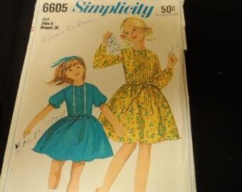 Simplicity 6605 Girls Dress Pattern Vintage  Sizes 8