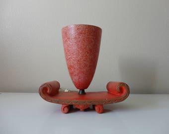 VINTAGE 1950s red and gold chalkware and fiberglass TV LAMP