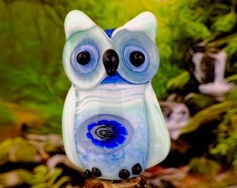 Penelope......... lampwork owl bead............ sra
